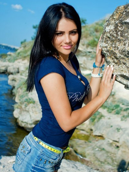 Irina 28 years old Ukraine Nikolaev, Russian bride profile, meetbrides.online