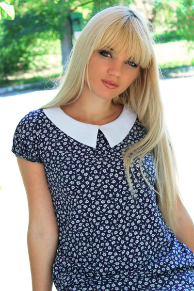 Alina 32 years old Ukraine Nikolaev, Russian bride profile, meetbrides.online