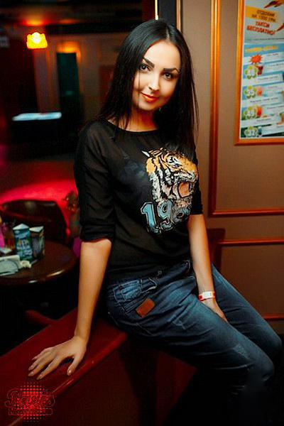 Oksana 31 years old Ukraine Kharkov, Russian bride profile, meetbrides.online