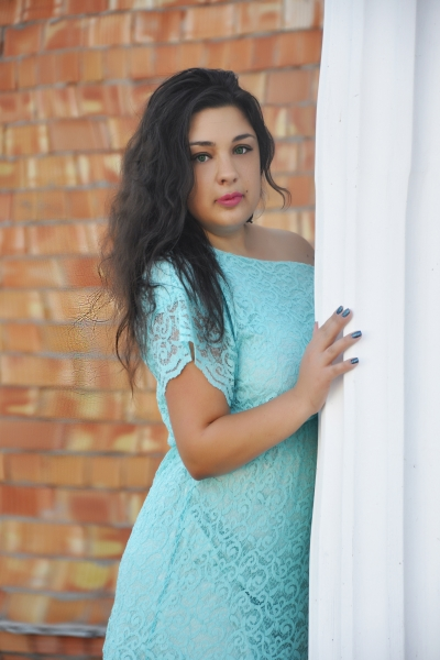 Karina 27 years old Ukraine Nikolaev, Russian bride profile, meetbrides.online