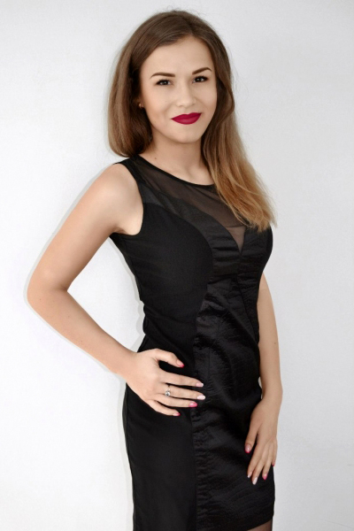Yana 24 years old Ukraine Khmelnitsky, Russian bride profile, meetbrides.online