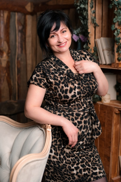 Oksana 48 years old Ukraine Zaporozhye, Russian bride profile, meetbrides.online