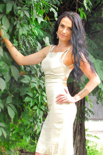 Irina 34 years old Ukraine Dnipro, Russian bride profile, meetbrides.online