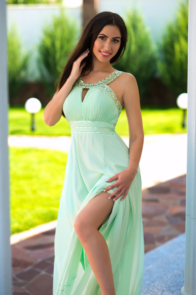 Elena 29 years old Ukraine Kherson, Russian bride profile, meetbrides.online