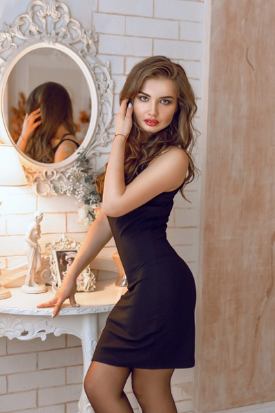 Alena 32 years old Ukraine Dnipro, Russian bride profile, meetbrides.online