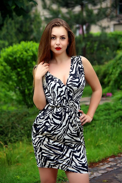 Irina 38 years old Ukraine Zaporozhye, Russian bride profile, meetbrides.online