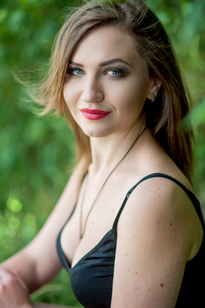 Olga 27 years old Ukraine Nikolaev, Russian bride profile, meetbrides.online