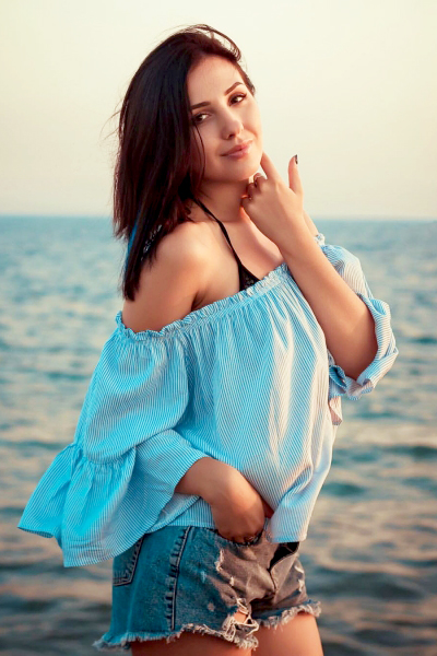 Elizaveta 27 years old Ukraine Nikolaev, Russian bride profile, meetbrides.online