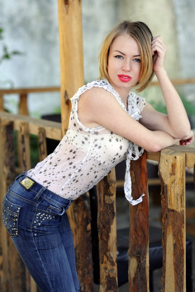 Anna 24 years old Ukraine Nikolaev, Russian bride profile, meetbrides.online