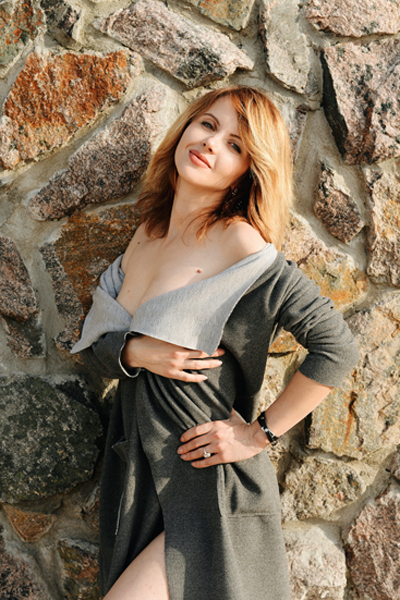 Irina 38 years old Ukraine Cherkassy, Russian bride profile, meetbrides.online