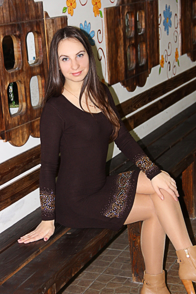Irina 27 years old Ukraine Kherson, Russian bride profile, meetbrides.online