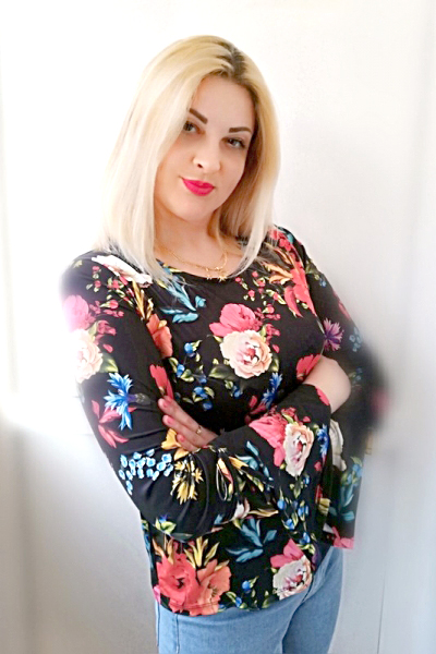 Marina 34 years old Ukraine Kherson, Russian bride profile, meetbrides.online