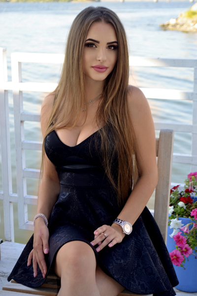 Anastasia 20 years old Ukraine Nikolaev, Russian bride profile, meetbrides.online