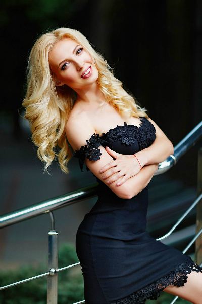 Alena 32 years old Ukraine Nikolaev, Russian bride profile, meetbrides.online