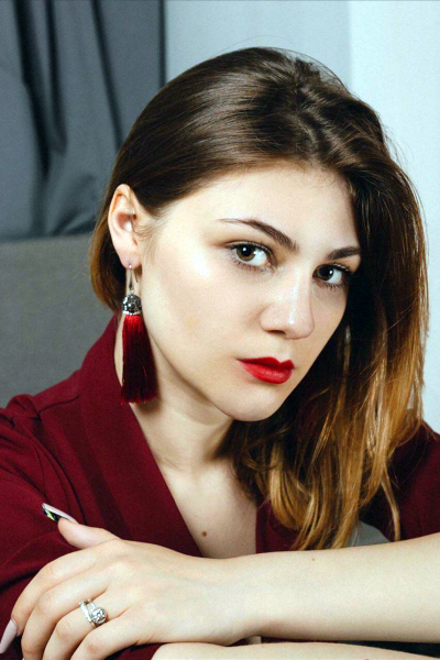 Anna 19 years old Ukraine Dnipro, Russian bride profile, meetbrides.online