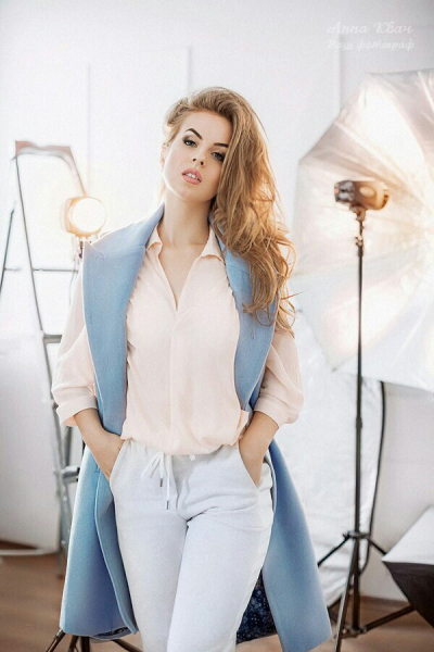 Olga 27 years old Ukraine Zaporozhye, Russian bride profile, meetbrides.online
